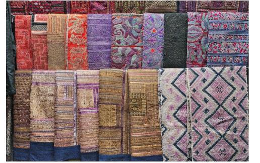 Instalación de alfombras en el hogar