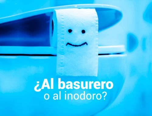 ¡No tires desechos al inodoro!